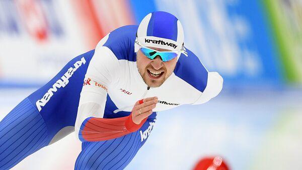 Конькобежный спорт. Чемпионат мира на отдельных дистанциях