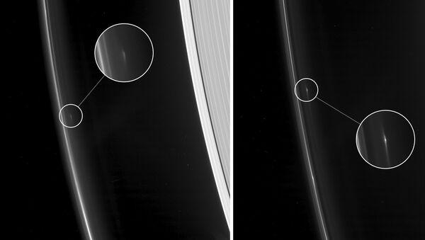 Загадочные объекты F16QA (слева) и F16QB (справа) в кольце F Сатурна