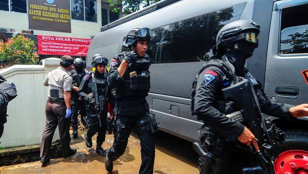 Нападение на правительственное здание в Индонезии 27.02.2017