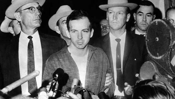 Единственный официальный подозреваемый в убийстве американского президента Джона Кеннеди Ли Харви Освальд