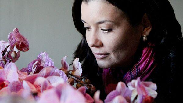 Это все цветочки. Как подарок к восьмому марта влияет на психологическое состояние?
