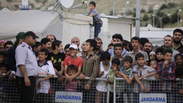 Лагерь беженцев на турецко-сирийской границе в Газиантепе