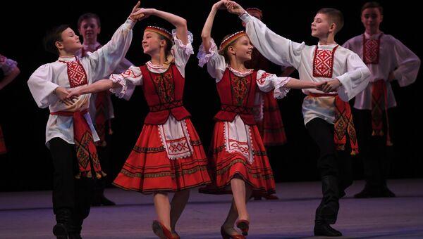 Государственный академический ансамбль народного танца имени Игоря Моисеева. Архивное фото