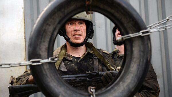 Квалификационные испытания на право ношения черного берета на базе ОМОН в Екатеринбурге