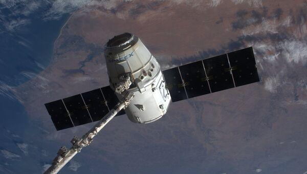 Космический грузовик Dragon. Архивное фото