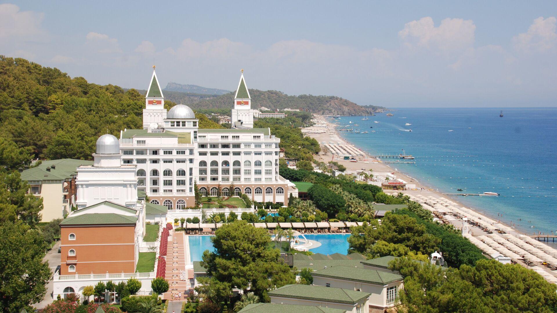 Около восьми тысяч предприятий туриндустрии в Турции признаны безопасными