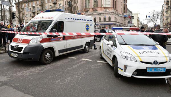 Автомобили экстренных служб на месте убийства Дениса Вороненкова в Киеве. Архивное фото
