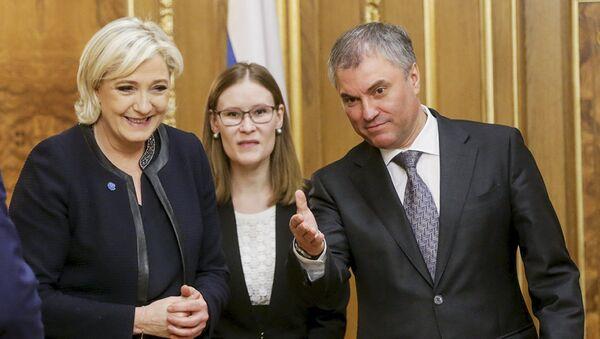 Вячеслав Володин и кандидат в президенты Франции Марин Ле Пен. 24 марта 2017