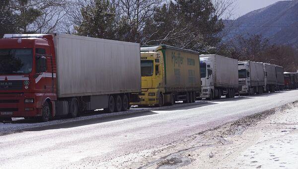 Ситуация на Военно-Грузинской дороге. Архивное фото