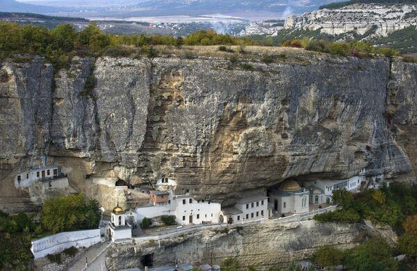Свято-Успенский мужской монастырь в Бахчисарайском районе в Крыму