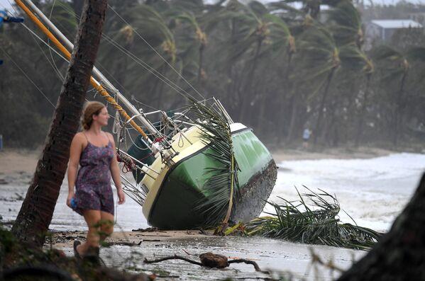 Последствия циклона Дебби в Австралии