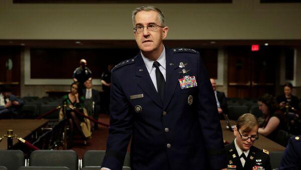 Глава Стратегического командования ВС США генерал Джон Хайтен. 4 апреля 2017 года