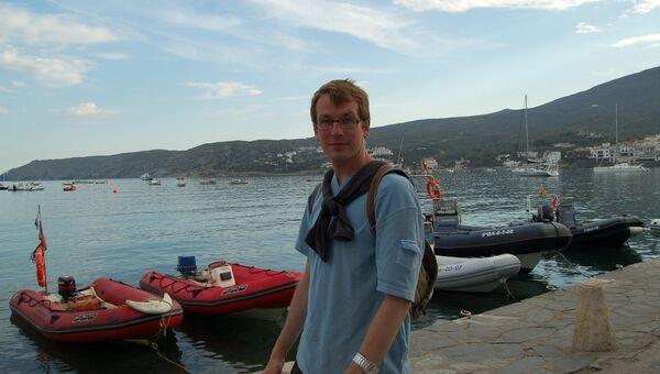 Писатель Александр Гаррос. Архивное фото