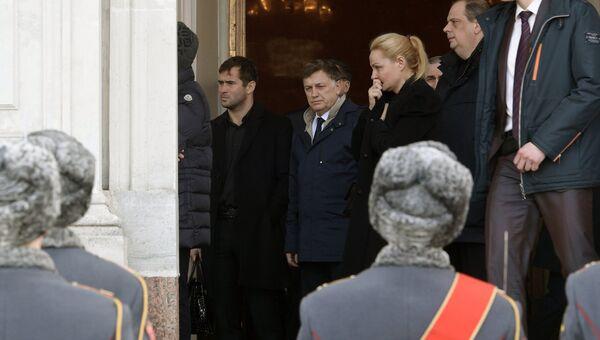 Прощание с сенатором Вадимом Тюльпановым в Санкт-Петербурге. 7 апреля 2017