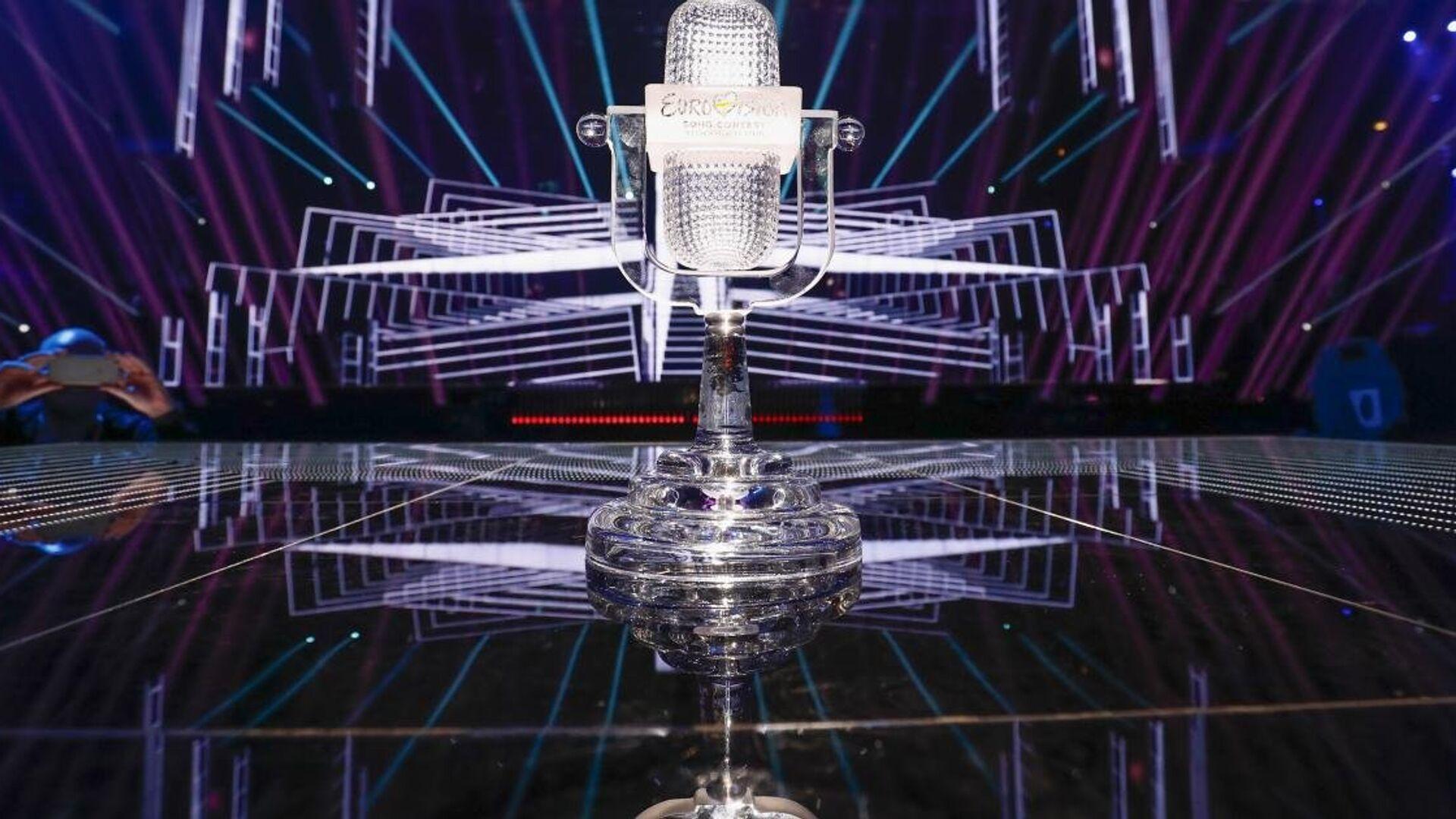 Главный приз конкурса Евровидение - хрустальный микрофон  - РИА Новости, 1920, 19.09.2020
