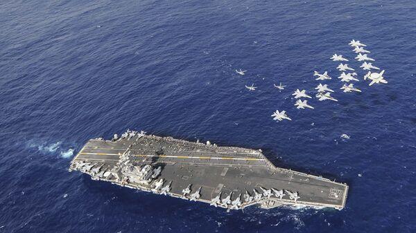 Авианосец ВМС США Нимиц (CVN 68)