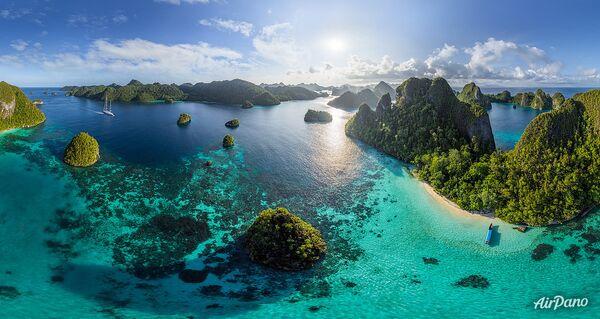 Острова Ваяг, архипелаг Раджа-Ампат, Индонезия