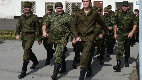 Военнослужащие запаса, призванные для прохождения военных сборов в Новосибирске