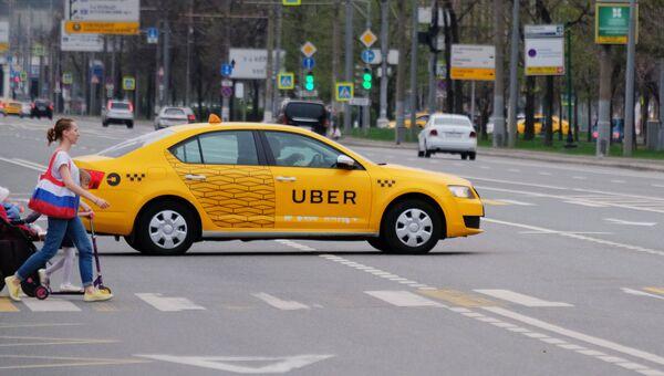 Автомобиль службы такси Uber. Архивное фото
