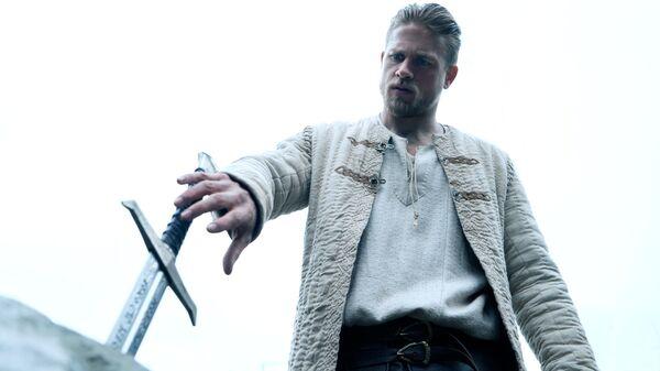 Кадр из фильма Меч короля Артура. Архивное фото