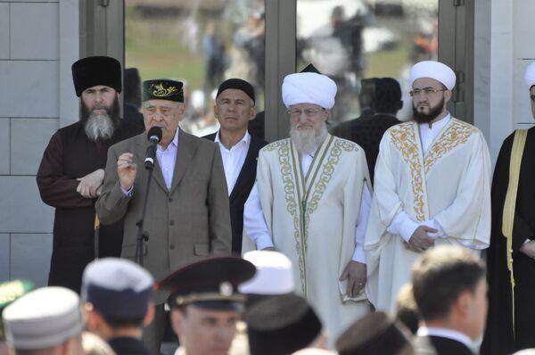 Выступления духовных лидеров на презентации Болгарской исламской академии