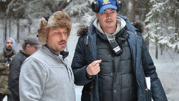 Режиссер Жора Крыжовников и  Дмитрий Нагиев на съемочной площадке. Архивное фото