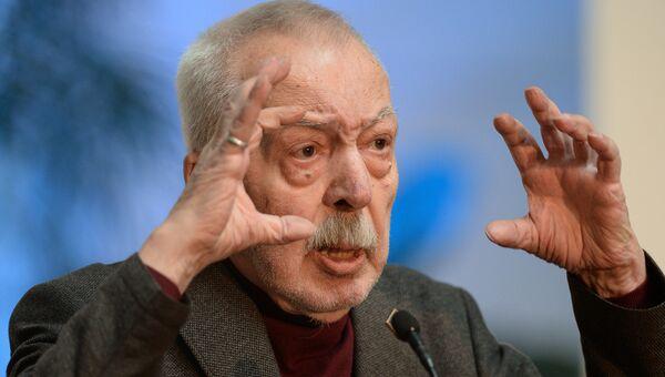 Андрей Битов. Архивное фото