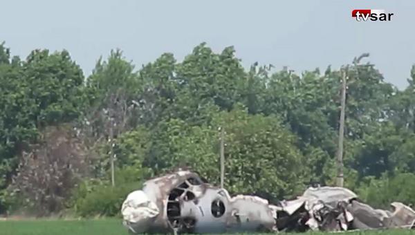 Место жесткой посадки самолета Ан-26 на аэродроме в районе Балашова Саратовской области