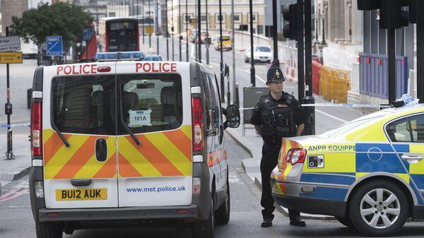 Полицейский кордон на Лондонском мосту