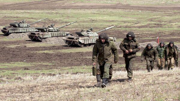 Бойцы Народной милиции Луганской народной республики. Архивное фото