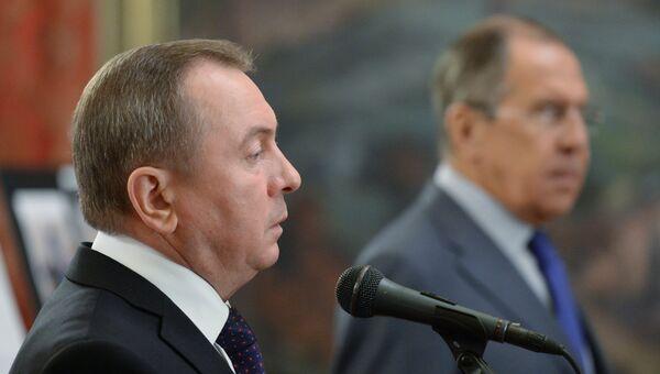 Владимир Макей на открытии фотовыставки, посвященной 25-летию установления дипломатических отношений между РФ и Республикой Беларусь
