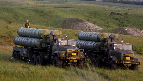 Учения войск ПВО с участием дивизиона ЗРК С-300 Фаворит
