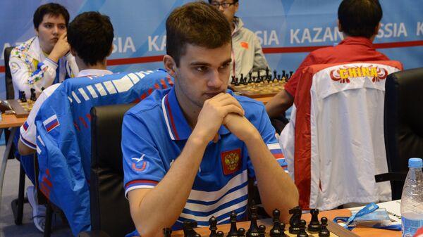 Максим Матлаков во время шахматного турнира