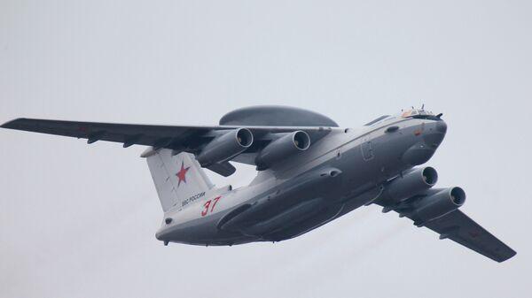 Самолет дальнего радиолокационного обнаружения и управления А-50У. Архивное фото