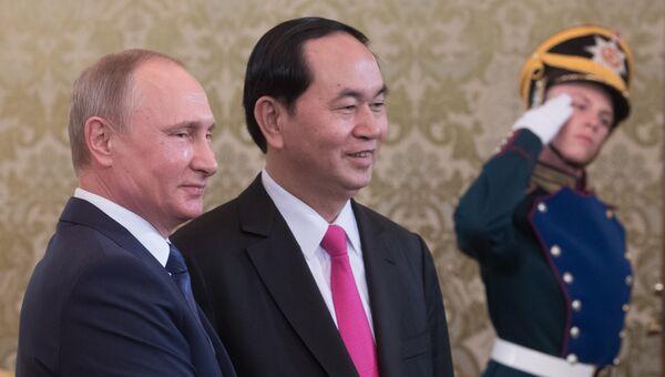 Президент РФ Владимир Путин и президент Социалистической Республики Вьетнам Чан Дай Куанг во время встречи. 29 июня 2017