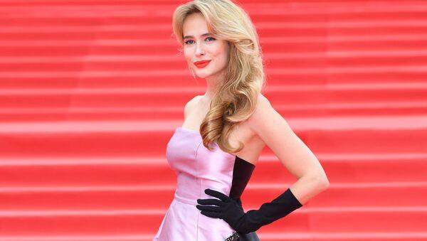 Актриса Анна Горшкова на церемонии закрытия 39-го Московского международного кинофестиваля