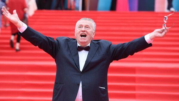 Лидер ЛДПР Владимир Жириновский на церемонии закрытия 39-го Московского международного кинофестиваля