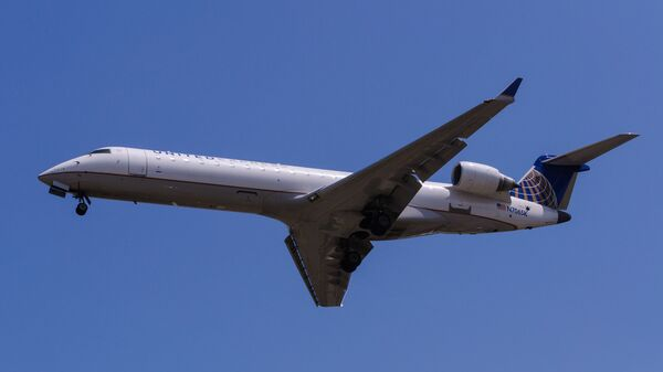 Самолет авиакомпании United Express