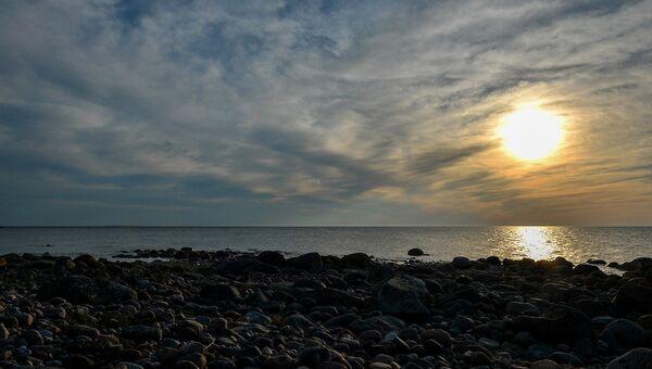 Наблюдать за закатами с острова можно вечно. Мало того, что они живописны, ни один из них не похож на предыдущий