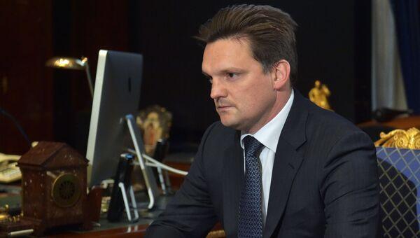 Заместитель министра экономического развития РФ Николай Подгузов во время встречи с премьер-министром РФ Дмитрием Медведевым. 7 июля 2017