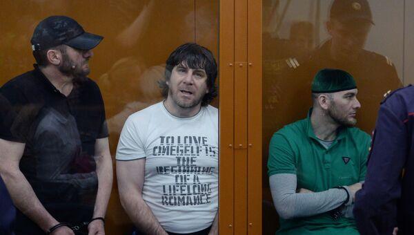 Хамзат Бахаев, Темирлан Эскерханов и Шадид Губашев  во время оглашения приговора по делу об убийстве Бориса Немцова. Архивное фото
