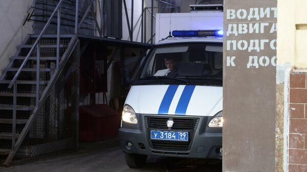 Полицейский фургон у СИЗО № 1 УФСИН России по Москве. Архивное фото