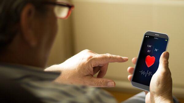 В ОП предложили снизить стоимость мобильной связи для пенсионеров