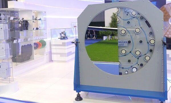 Швабе разработал систему для создания зеркал с идеальной поверхностью
