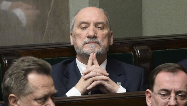 Бывший министр обороны Польши Антони Мачеревич. Архивное фото