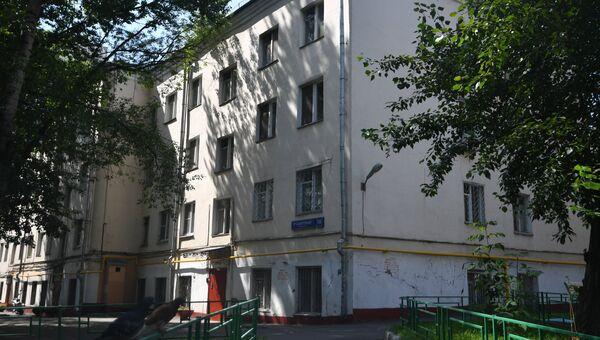 Четырехэтажный жилой дом в 3-м Самотечном переулке в Москве, включенный в программу реновации. Архивное фото