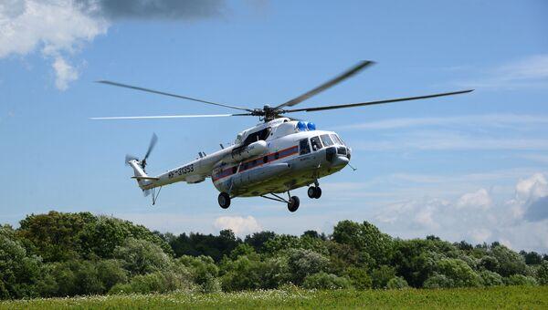 Вертолет МЧС России. Архивное фото