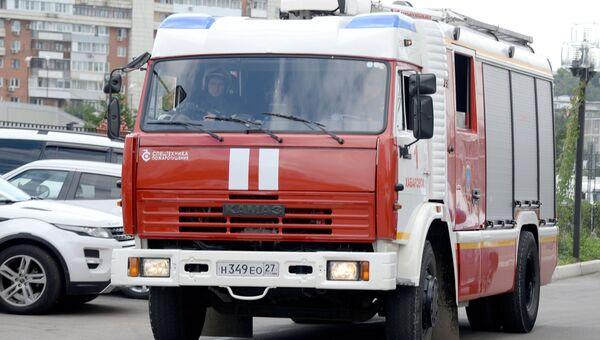Сотрудники МЧС во время пожарно-тактических учений. Архивное фото