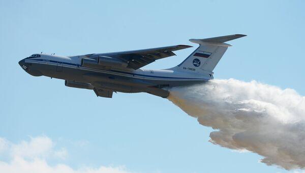 Тяжёлый военно-транспортный самолёт Ил-76. Архивное фото