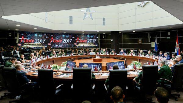 Круглый стол, посвященный опыту применения Вооруженных Сил Российской Федерации в Сирийской Арабской Республике, на форуме Армия-2017